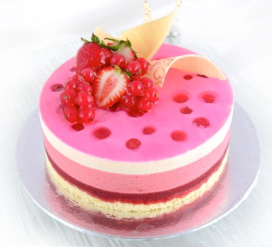Strawberry cake in singapore