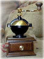 Manual-coffee-grinder