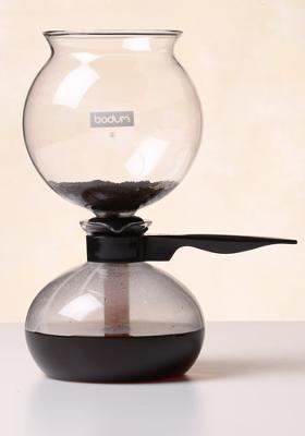 Vacuum coffee maker versus bunn coffeemaker