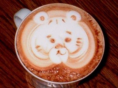 coffee-maker-latte-art